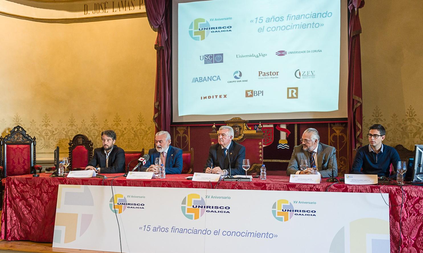 XV Aniversario De Unirisco En El Paraninfo De La Faculta De Historia De La USC